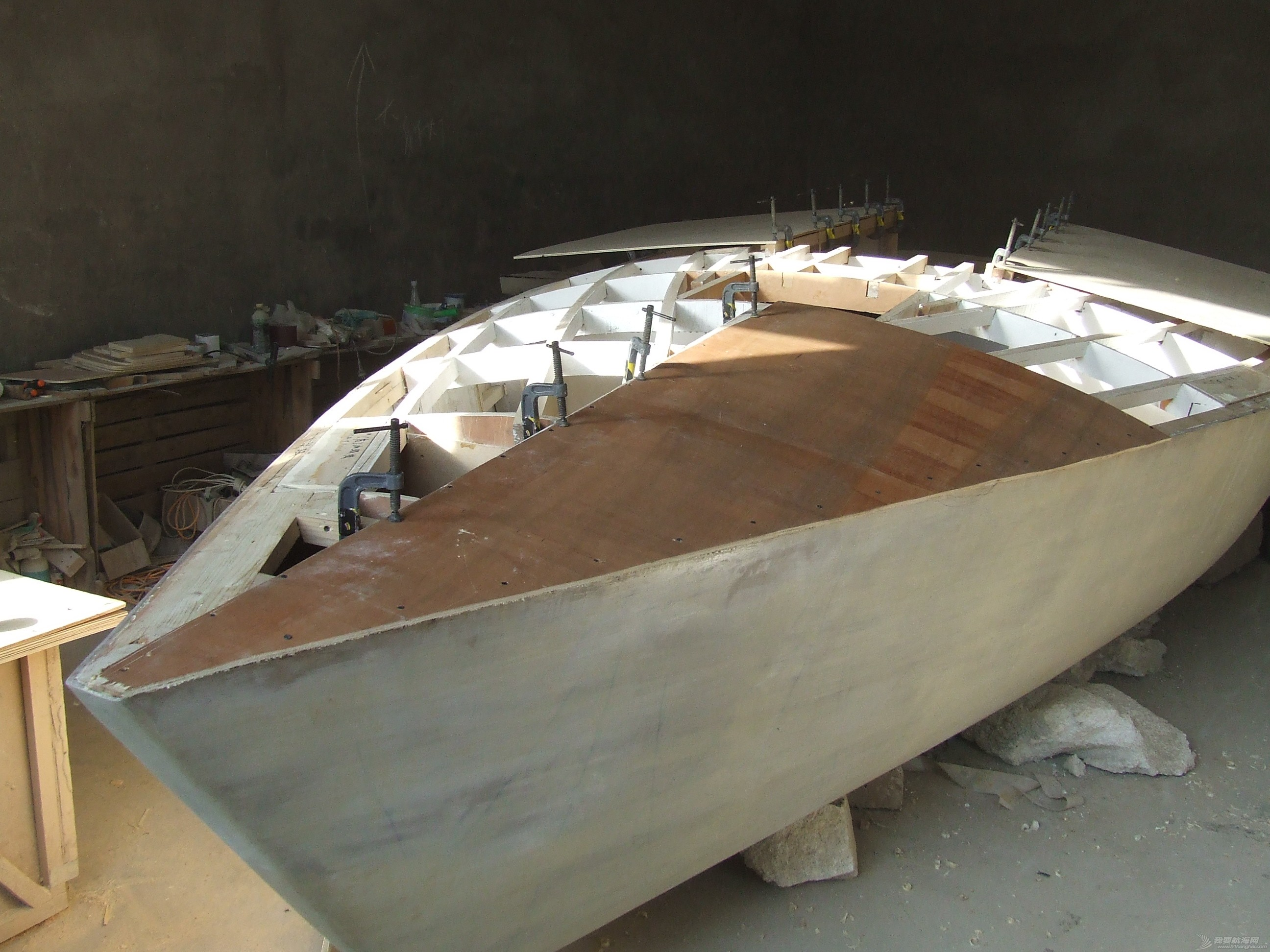 GR-750舱面面板铺装完毕 DSCF5998.JPG