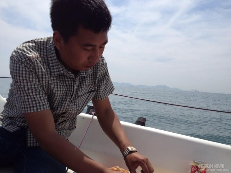 昨天中午海上晕船记 213354dksglogfkzf14fv2.jpg