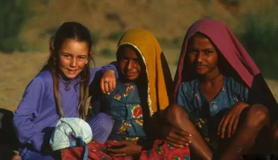 喜马拉雅山,科罗拉多州,夏威夷,人猿泰山,尼泊尔 她生来居无定所,却活出了最美丽的人生 1fdcaa00434a56ef6bcdeb83a09211ed.jpg