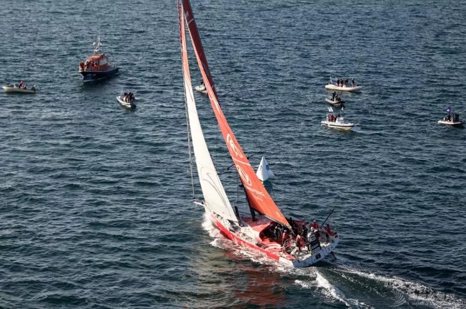 北京时间,中国船员,阿布扎比,沃尔沃,哥德堡 东风队启程奔赴哥德堡,打响最后的战役 f5372faefeef6c26ee71993f6f2f2a0d.jpg