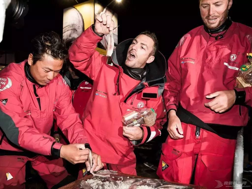 北京时间,英吉利海峡,竞争对手,哥德堡,终点线 东风队第二个抵达荷兰海牙,24小时临时停靠等待再出发 fff6961f20b40cad5587d7072f780139.jpg