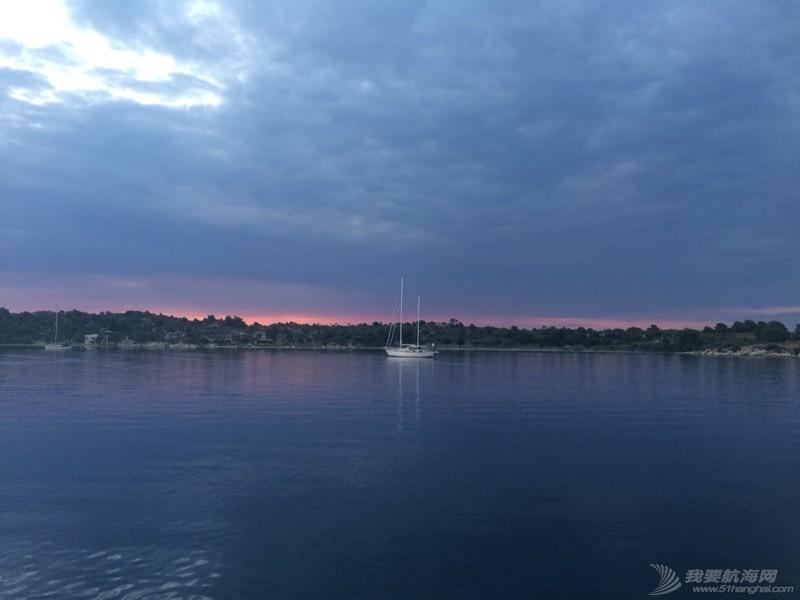 暴风雨过后的夕阳西下 021624coythlpmp3c5ltqy.jpg