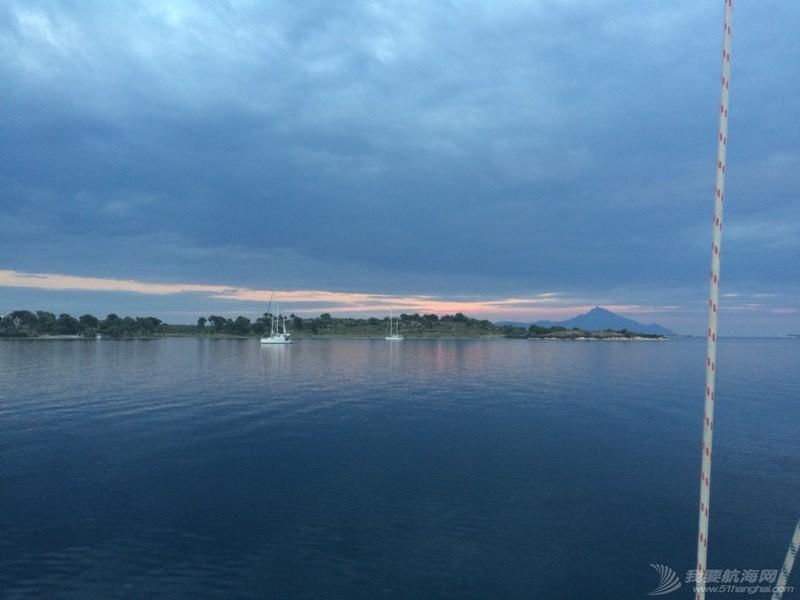 暴风雨过后的夕阳西下 021624h9q9qo9qerceucon.jpg