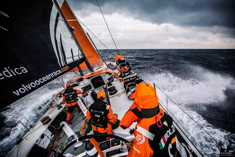 沃尔沃,阿布扎比,领奖台,传奇,帆船 沃尔沃环球帆船赛:九个月奋斗铸就最荣耀时刻 e75a6c97ca894d80ca969623ee9e6764.jpg