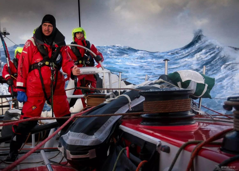【视频+图片】最精彩十张照片带你回顾2014-15沃尔沃环球帆船赛九个月的难忘时光 8eb3ff65d04d0cf59eb32ffcc7db7063.jpg