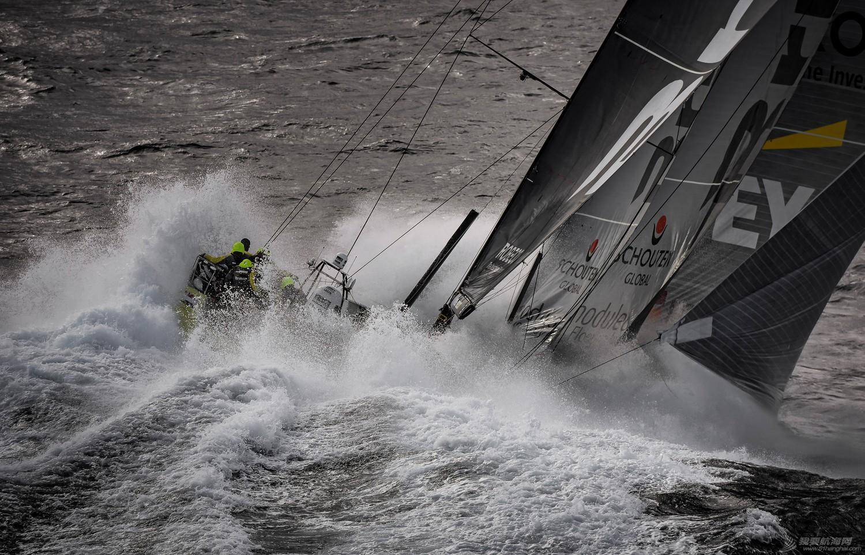 【视频+图片】最精彩十张照片带你回顾2014-15沃尔沃环球帆船赛九个月的难忘时光 d9dc362935c6ca60f143f6105b90d2e9.jpg