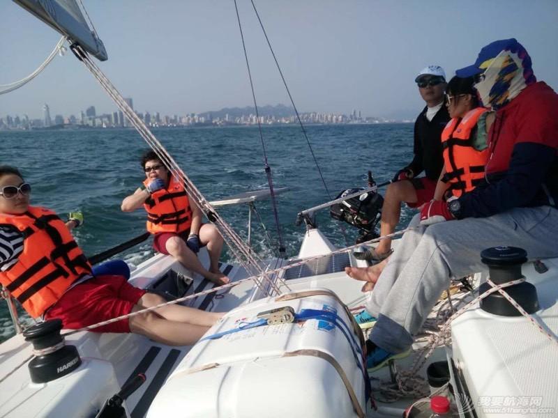 帆船的球帆做前帆,流速两节 232800z7lcci9c8fivcmsi.jpg