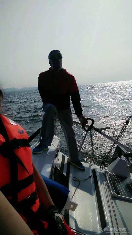 帆船的球帆做前帆,流速两节 232842v25qpnppnpewanek.jpg