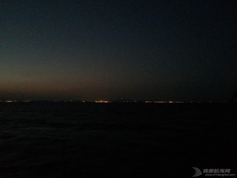 夜航中 104601og0grvcett7z3zr0.jpg