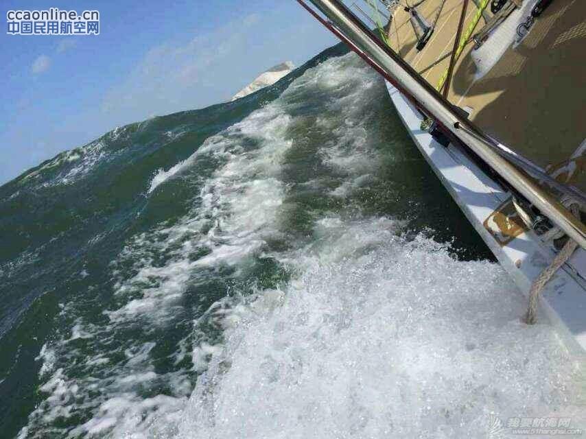 克利伯帆船赛归来,揭秘帆船上的训练与生活。 f57c1bb22a8af63ec3668df2184fd1bb.jpg