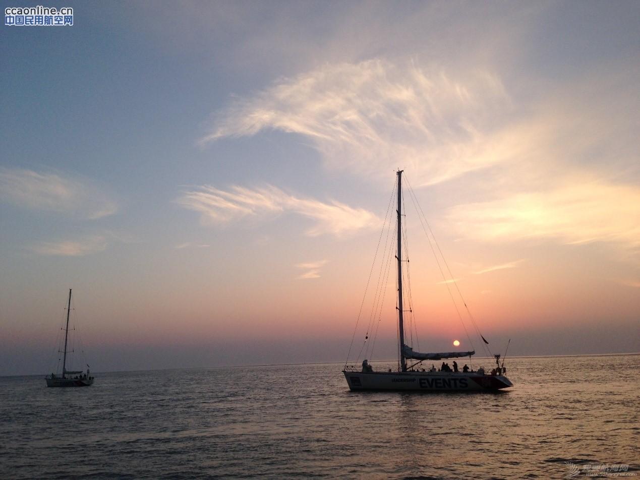 克利伯帆船赛归来,揭秘帆船上的训练与生活。 5dc2c5e46ac3dbbfb828cc3b6492e372.jpg