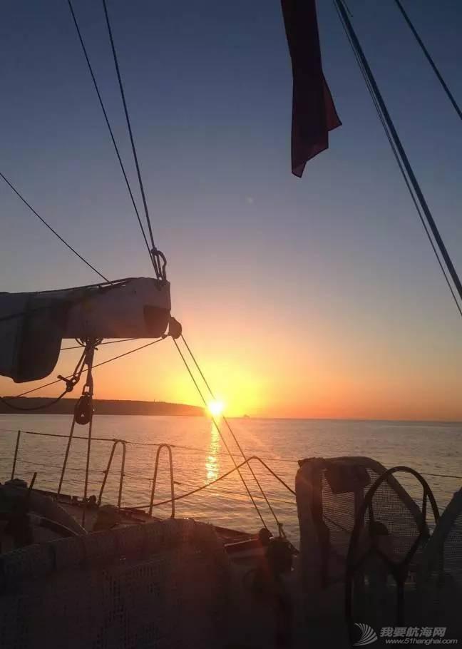 克利伯帆船赛归来,揭秘帆船上的训练与生活。 73f324b5ccad709c4dc5288731fd0947.jpg