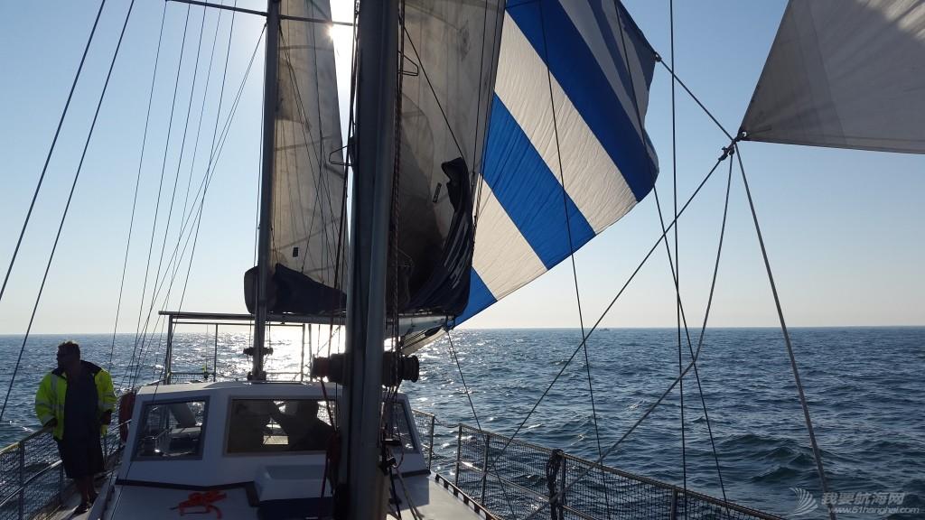 我们是如何选择适合我们四口之家的帆船的? 帆起