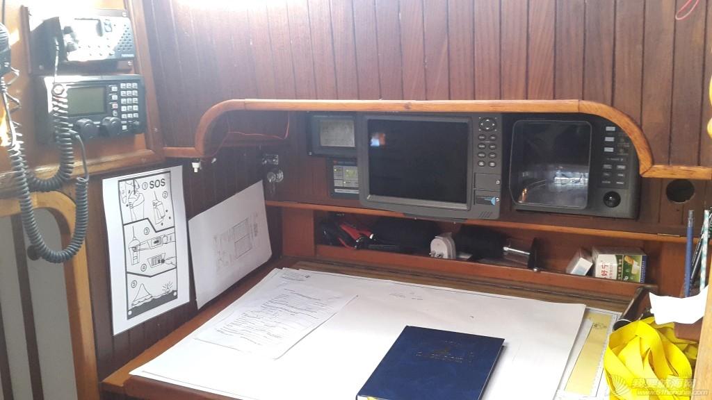 我们是如何选择适合我们四口之家的帆船的? Navigation table