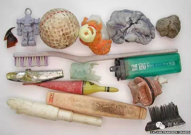 夏威夷,矿泉水瓶,海天一色,塑料袋,下水道 他才21岁,却要改变这个世界,因为大海被人弄脏了 766b9d72057cf0674fabbddfa2edbc62.jpg