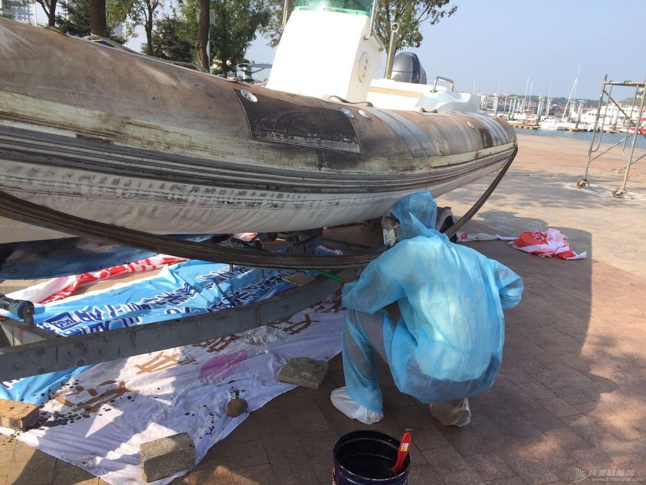 【公益航海志愿者日记@日照】Day34-小别两日返回日照。今日刷船底漆,安装桅杆 1.jpg