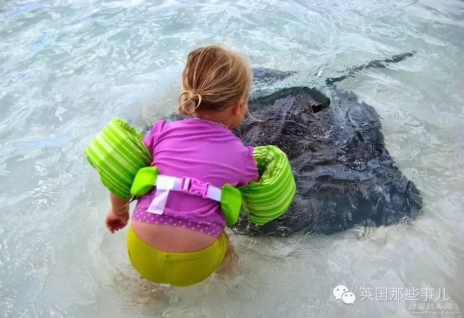 一边环游加勒比一边在游艇上把女儿养大,这个主意怎么样 de9a7da9d0b3101fc4b8e8aeb1deb938.jpg