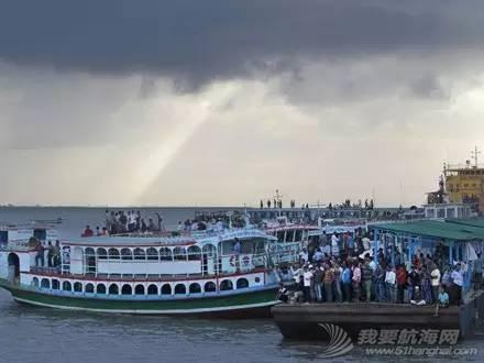 利比亚难民,意大利,遇难者遗体,沉船事故,地中海 【盘点】近年来全球重大沉船事故丨港口圈 492051d57f42c89eaf2c628edde8c92f.jpg