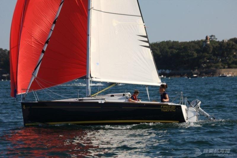 帆船 Beneteau First 20 博纳多锋士20英尺单体帆船 nav5.jpg