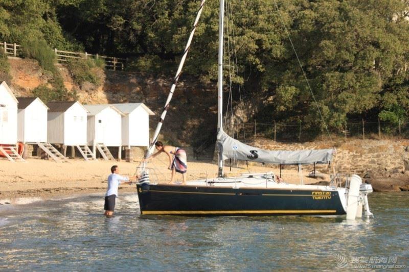 帆船 Beneteau First 20 博纳多锋士20英尺单体帆船 moor.jpg