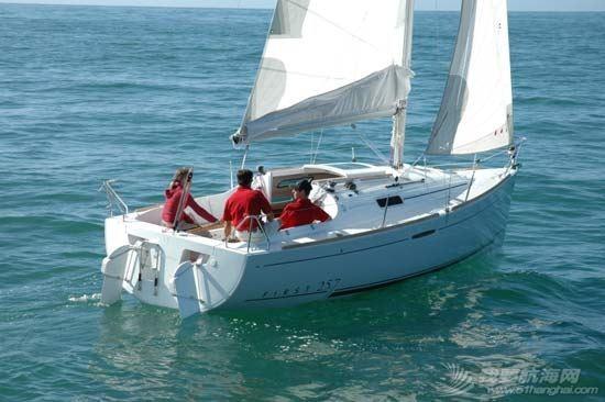 帆船 Beneteau First 25 博纳多锋士25英尺单体帆船 博纳多25英尺帆船