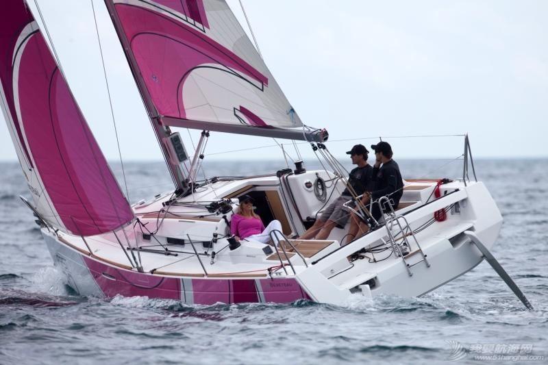 帆船 Beneteau First 30 博纳多锋士30英尺单体帆船 pic_item_1640.jpg
