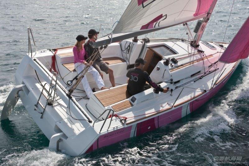 帆船 Beneteau First 30 博纳多锋士30英尺单体帆船 navigation4.jpg