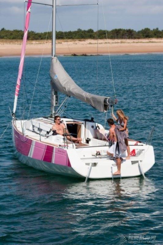 帆船 Beneteau First 30 博纳多锋士30英尺单体帆船 博纳多锋士30帆船
