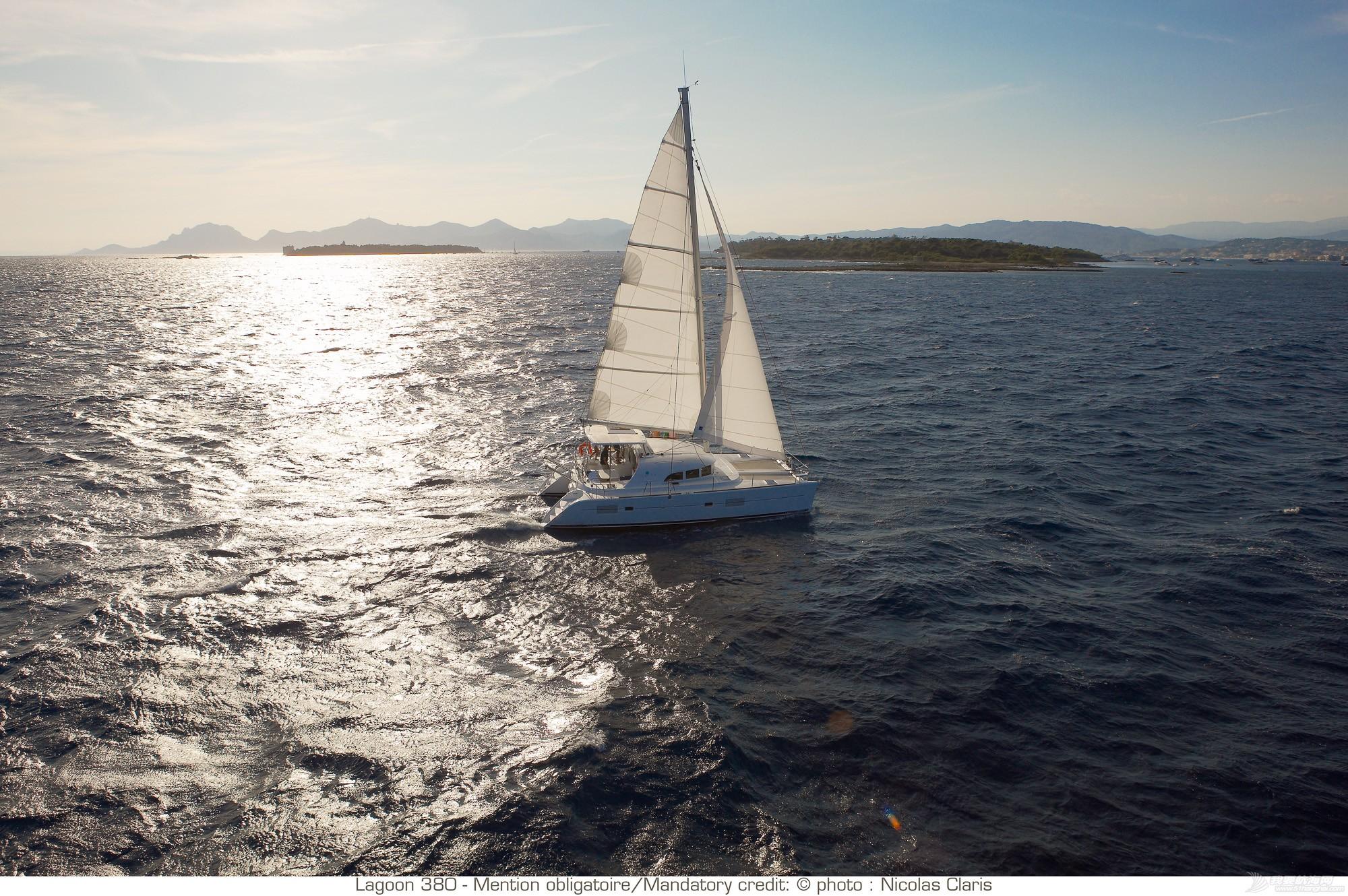 帆船 lagoon 380 蓝高380双体帆船 nav_L380_45R2637.jpg