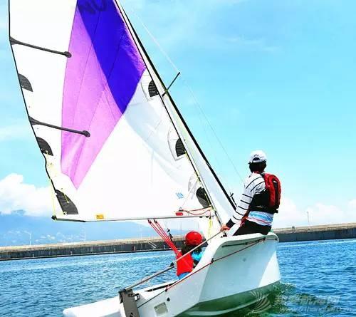 培养孩子,帆船,技巧,教练,配件 为什么让孩子学习帆船? 15c059a104d0a035f779791c083905a8.jpg