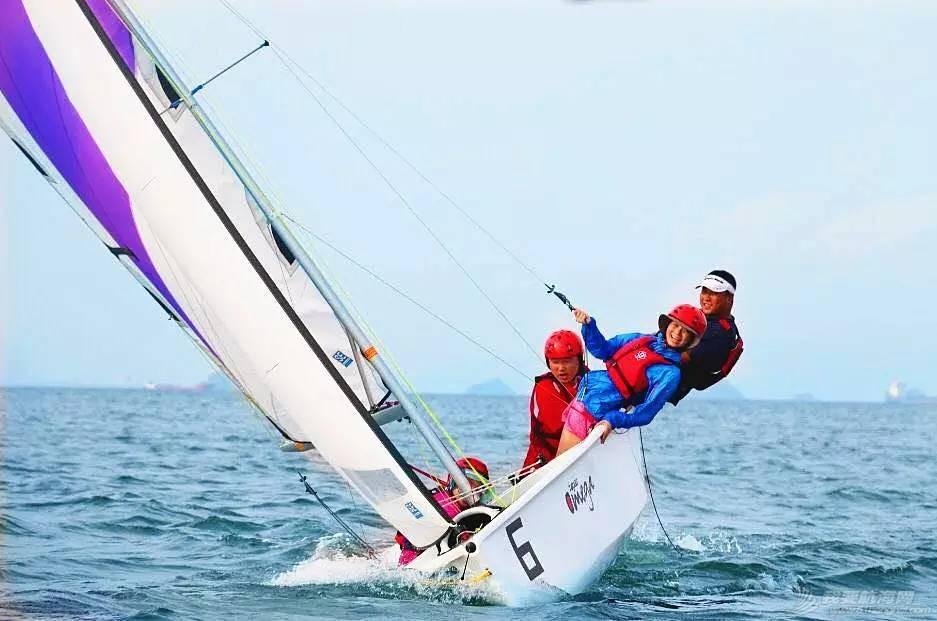 培养孩子,帆船,技巧,教练,配件 为什么让孩子学习帆船? f4eba0b78878fbad2b012367df1d70d8.jpg