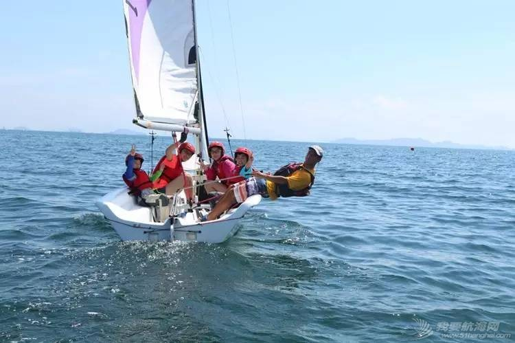 培养孩子,帆船,技巧,教练,配件 为什么让孩子学习帆船? 25a99cb66dd21117a479ea00648f82e8.jpg
