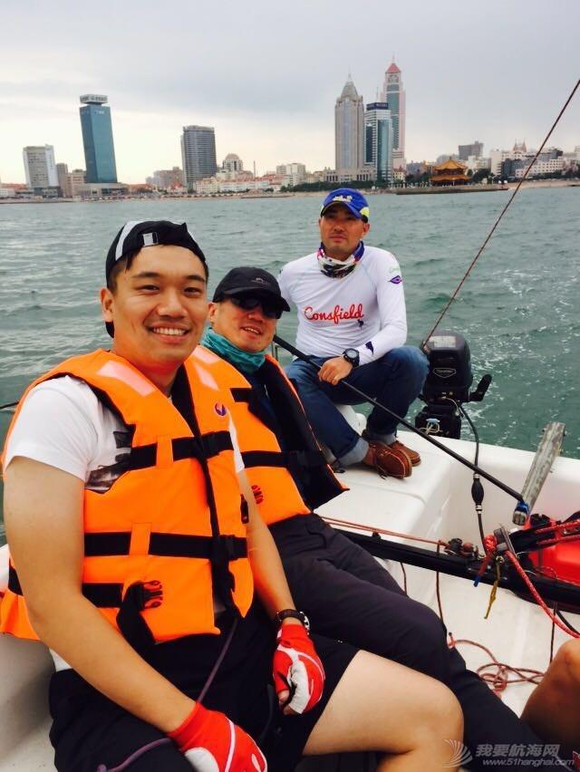 青岛的一个帆赛(夏季2K赛) 213157mcgbb44bg7js4scx.jpg