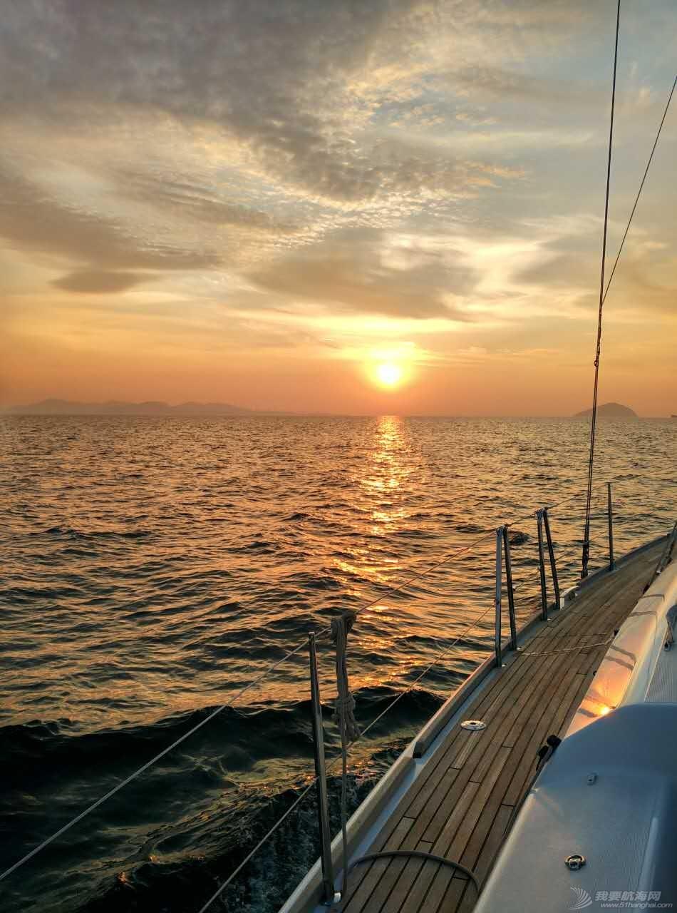 法国,帆船 法国大帆船海上看日出