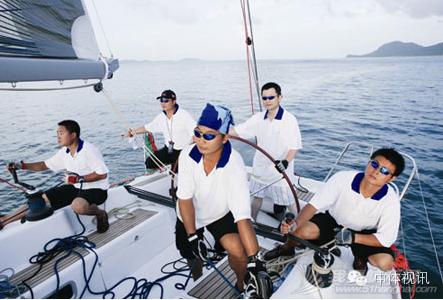 2015年第四届商学院杯帆船赛赛事公告 65e31f50b868f9cd185a25b23eac14b4.png