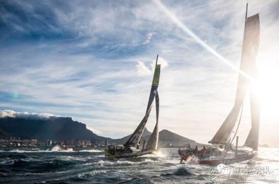 2015年第四届商学院杯帆船赛赛事公告 370147d138e1c53033ae254f43abd355.png