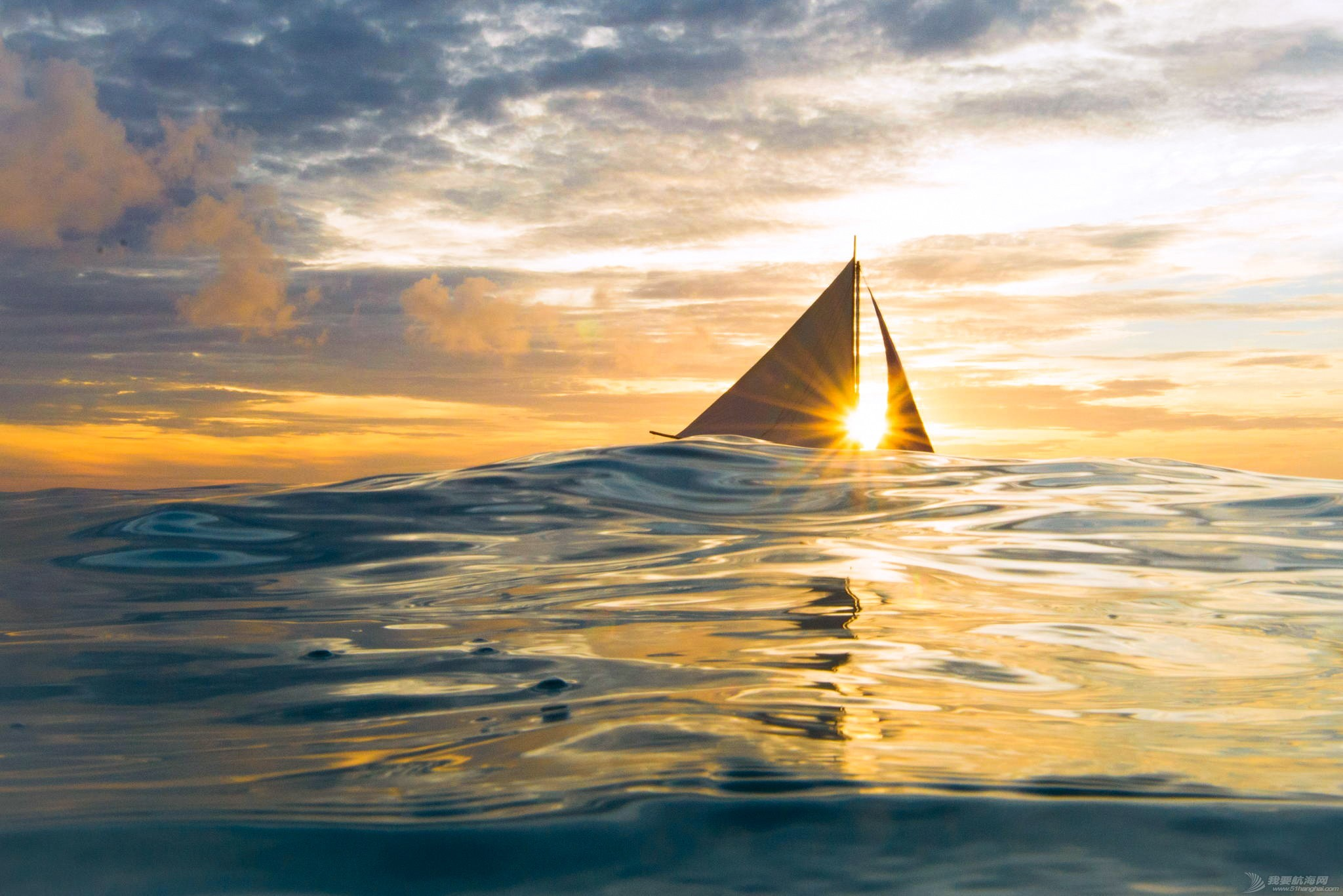 8个选择帆船度假的完美理由 eedbdd513658e6cadc3ba2a5d54a88f8.jpg