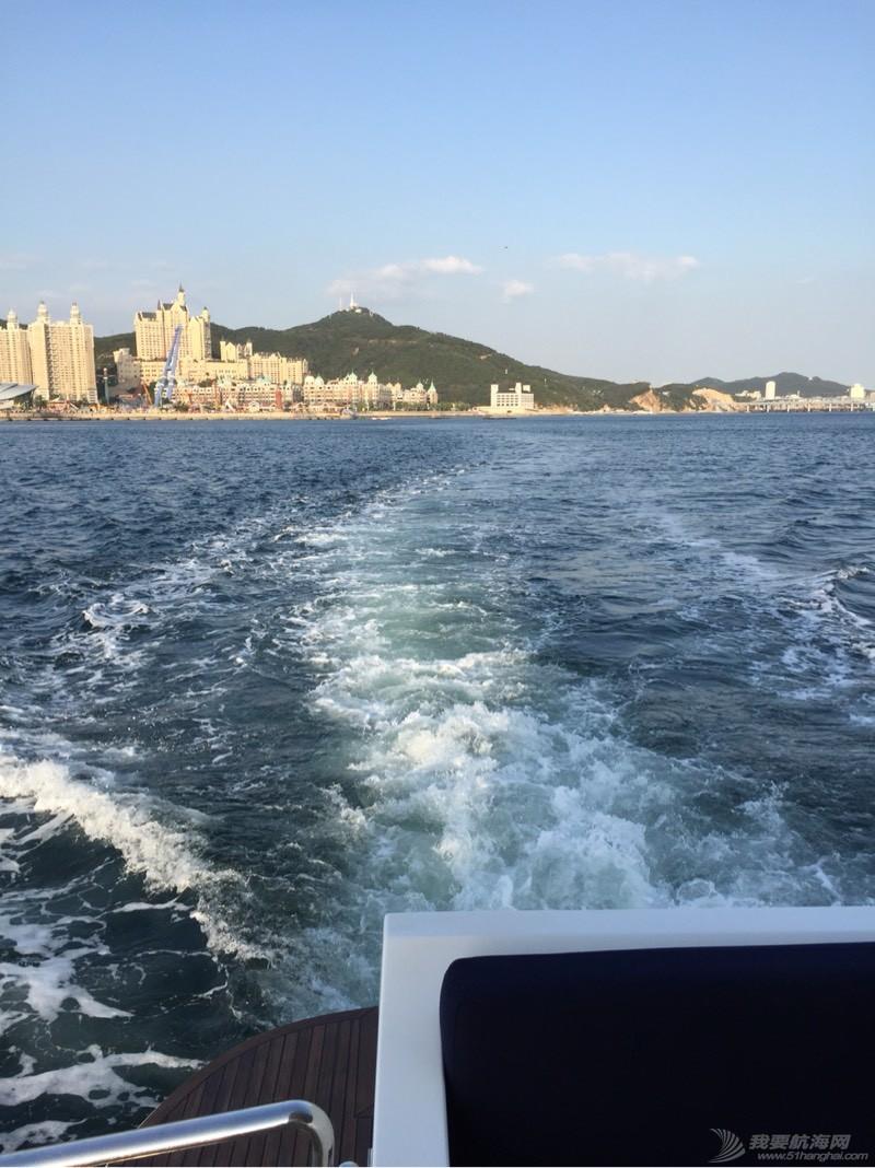 9月初大连乘游艇出海,爽! 224451q06d7n4f1nrttnt6.jpg