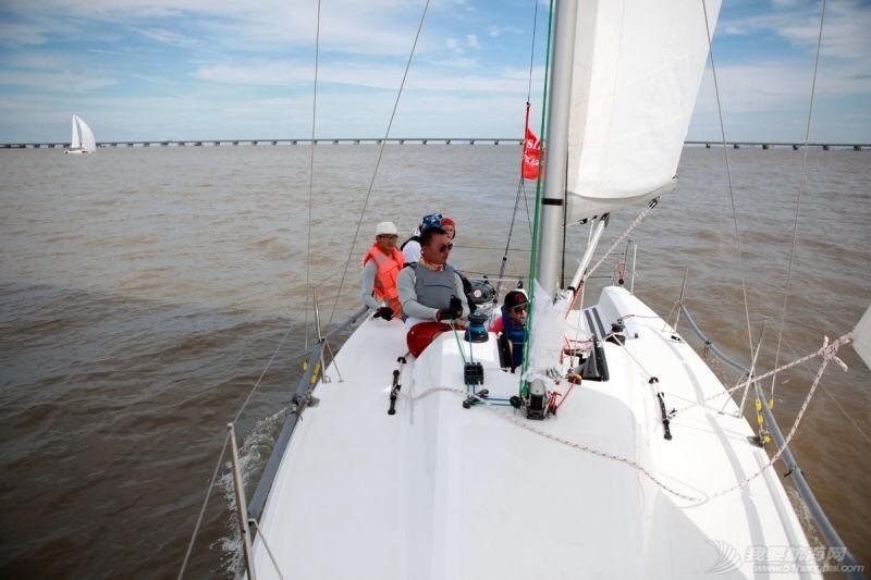 新人有幸参加2015首届通州湾杯国际帆船邀请赛 112404qhhn0wwzhjik3wrh.jpg