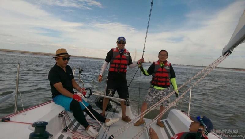 通州湾国际帆赛的记录 103954q33goqem8pknyaya.jpg