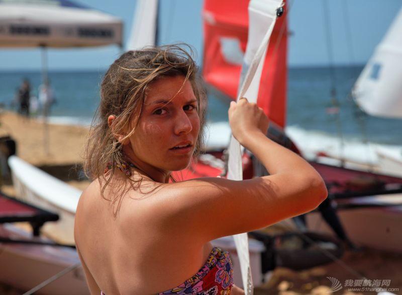 我被玩帆船的女孩震到 132633