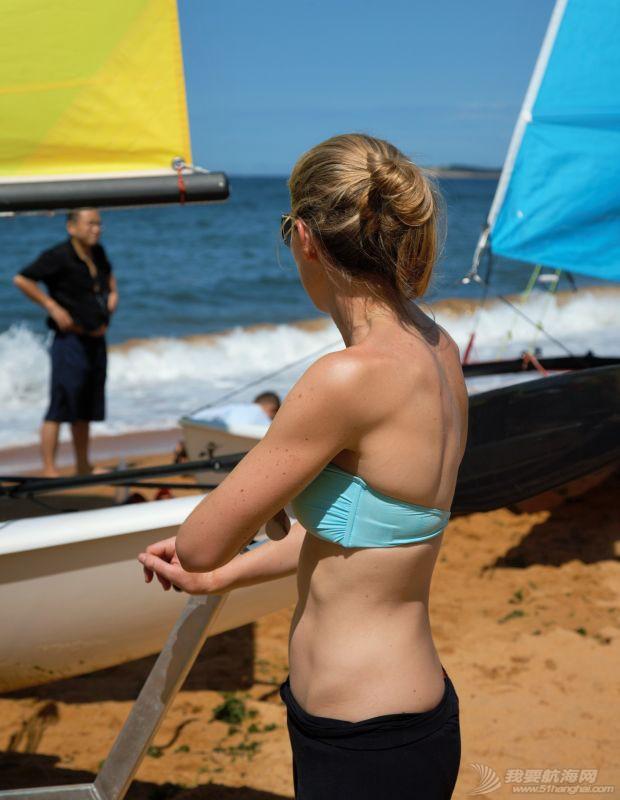 我被玩帆船的女孩震到 132635