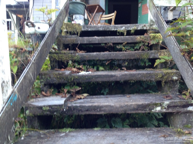 废墟上的小岛 042724oh5vvzyzhaz9vakl.jpg