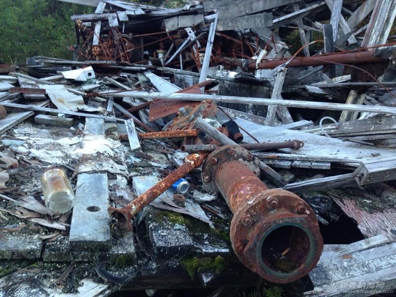 废墟上的小岛 042725v4bcb4iua4ebxh9a.jpg