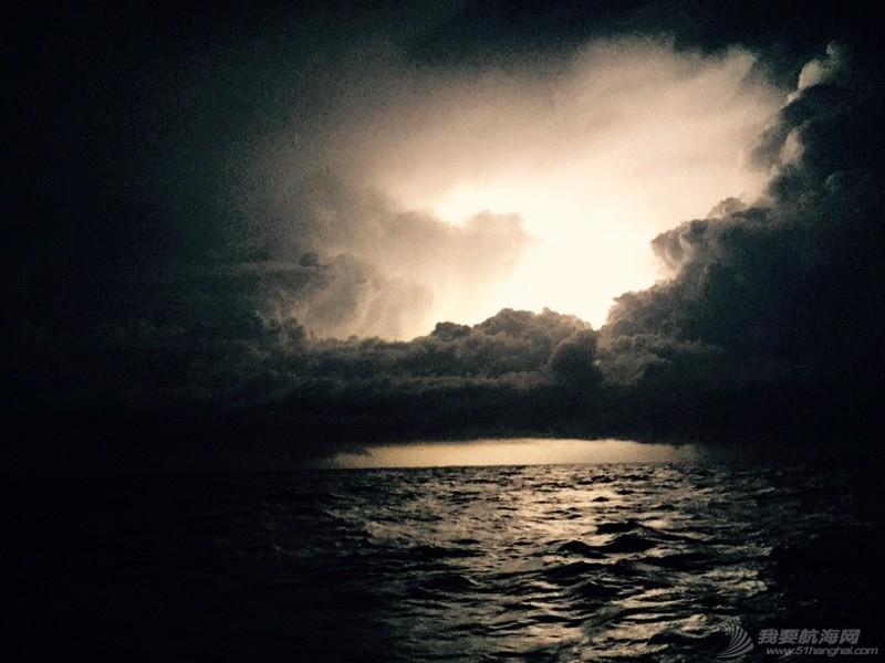 风暴 234446gzfgq9gl22zg81q5.jpg