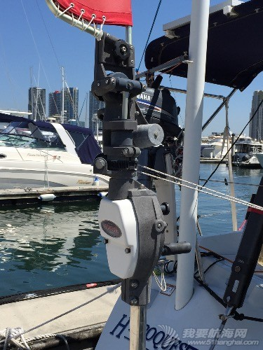 美国产的风力自动舵怎么使用?