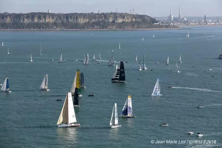 [图集]阵风40节的大西洋  40多艘帆船在劈波斩浪 5519d0c37226857d261462357456511d.jpg