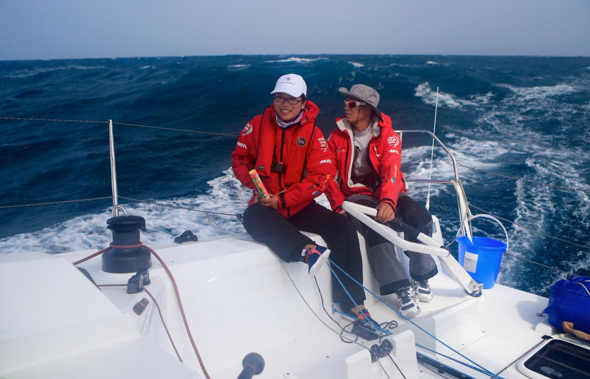 赛事,沃尔沃,骑自行车,中国海,纪录片 驾驶帆船在海山浪谷中穿梭,太美妙了:亚诺环中国海帆船赛系列之真实的远航
