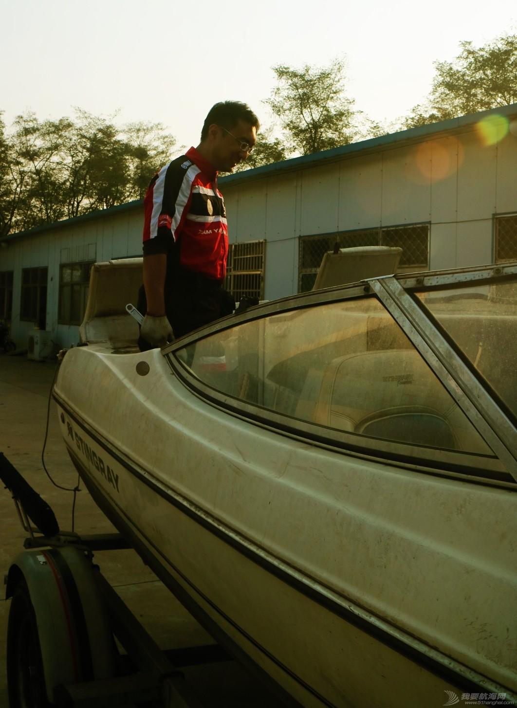 机械师,发动机,办公室,五金件,修理工 我的义工生活006:修理工、露天修理场与库存快艇 IMG_6910_看图王.jpg
