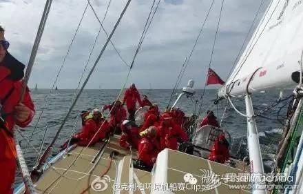 """2015-2016克利伯环球帆船赛第三赛程前期,""""青岛号""""位居第三 1e48651245d26b0ee0287332cd113cb7.jpg"""